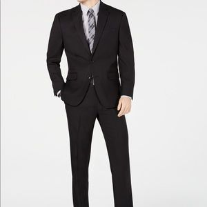 Classic Fit stretch black pindot suit NWT